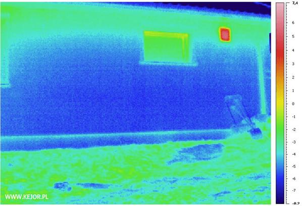 """Su """"Izodom 2000"""" sistema pastatytos sienos- termovizoriaus nuotrauka"""